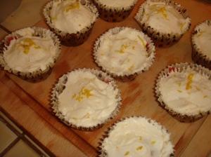 Milla Bakes: Lemon Cupcakes